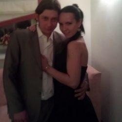 Пара  ищет девушку для секса в втроем в Тольятти