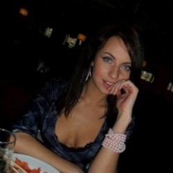 Пара ищет девушку-подружку, Тольятти