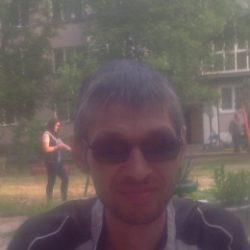 Парень, ищу девушку, женщину для фут фетиша в Тольятти