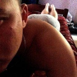 Молодая пара ищет девушку или пару для частых встреч в Тольятти