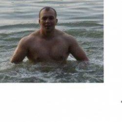 Парень хочет найти девушку в Тольятти