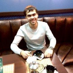 Молодой парень ищет девушку для интима в Тольятти!