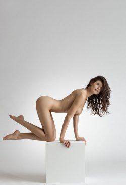 Девушка ищет пару из Тольятти для секса без обязательств